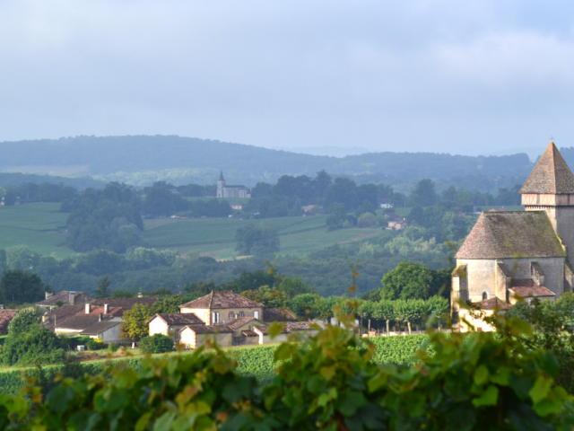 sabazan-village-paysage-j-jourdon.jpg