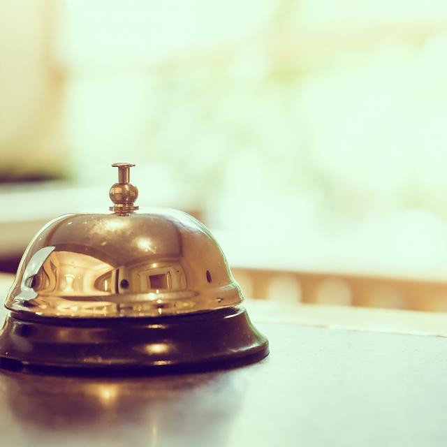 hotel-bell-freepik-com-.jpg